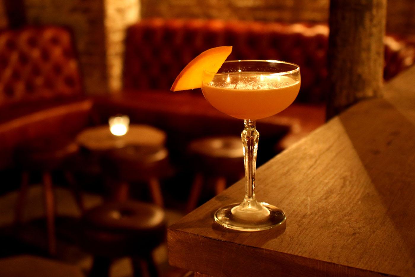 tt-liquor-cellar-cocktail-bar-shoreditch-east-london-09-cocktail-journeys