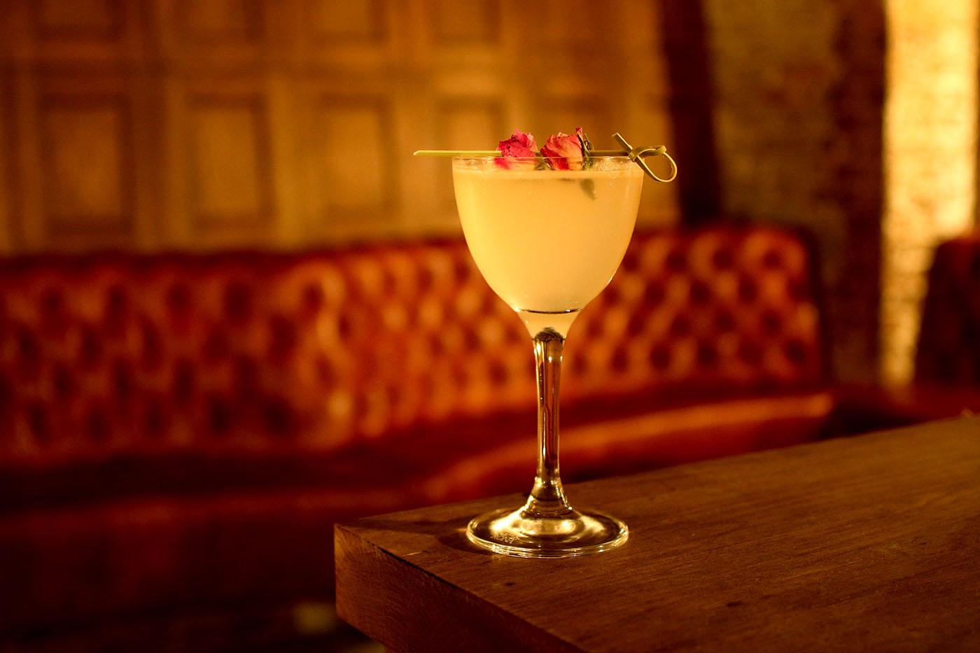 tt-liquor-cellar-cocktail-bar-shoreditch-east-london-11-cocktail-journeys