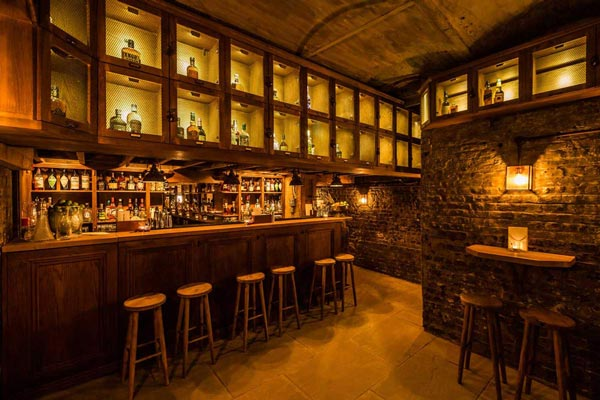 tt-liquor-best-cocktail-bars-in-london